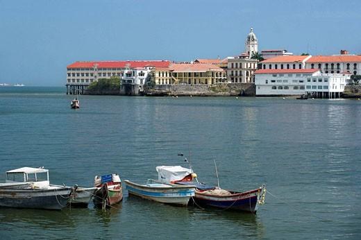 Stock Photo: 1566-434337 FISHING BOATS PANAMA BAY CASCO ANTIGUO SAN FILIPE SKYLINE REPUBLIC OF PANAMA