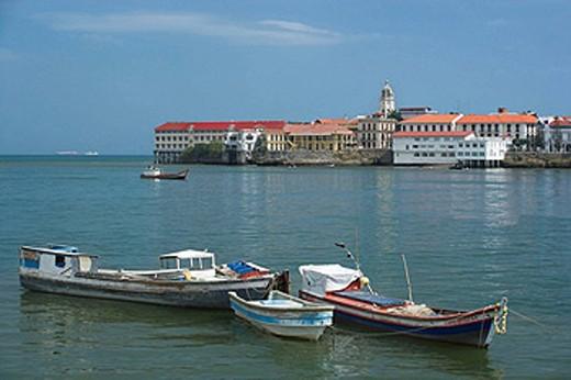 FISHING BOATS PANAMA BAY CASCO ANTIGUO SAN FILIPE SKYLINE REPUBLIC OF PANAMA : Stock Photo