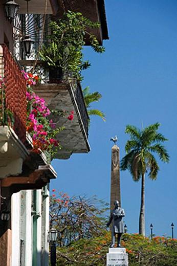 BALCONY PLAZA DE FRANCIA LAS BOVEDAS CASCO ANTIGUO SAN FILIPE PANAMA CITY REPUBLIC OF PANAMA : Stock Photo
