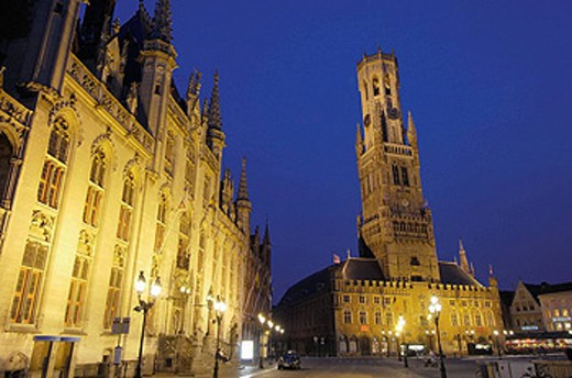Provincial Government palace and Belfry in the Markt (Market Square) at dusk. Brugge. Flanders, Belgium : Stock Photo