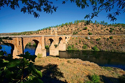 Roman bridge, Alcántara. Cáceres province, Extremadura. Spain : Stock Photo