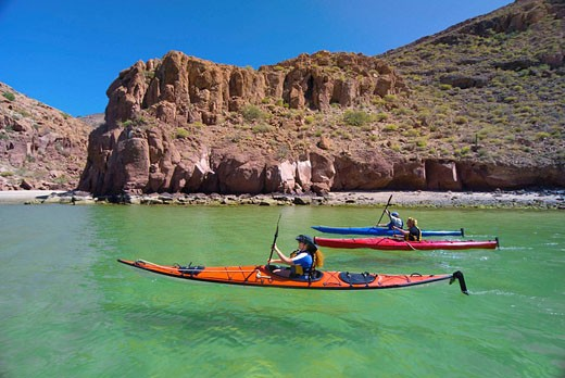 Sea kayaking, Ensenada Grande Bay, Isla Espiritu Santo, Sea of Cortes, Baja California Sur, Mexico : Stock Photo