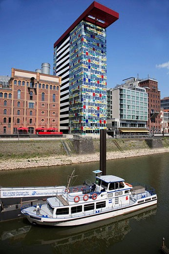 Stock Photo: 1566-444885 Germany, Rhineland-Westphalia, Düsseldorf, Medienhafen, Media Harbour, Colorium