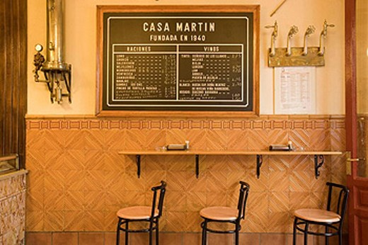 Spain. Madrid. Salamanca district. Casa Martin cerveceria : Stock Photo