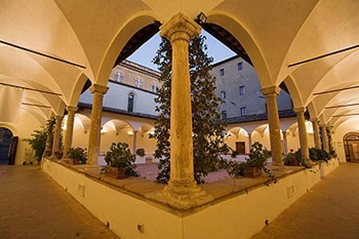 Stock Photo: 1566-448270 Italy. Tuscany. Val d´Orcia. Pienza. Casa dei canonici.