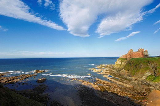 Stock Photo: 1566-450476 Tantallon Castle. North Berwick, East Lothian, Scotland, UK