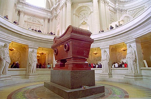 Napoleon Bonaparte´s tomb in the Hôtel des Invalides, Paris, France : Stock Photo