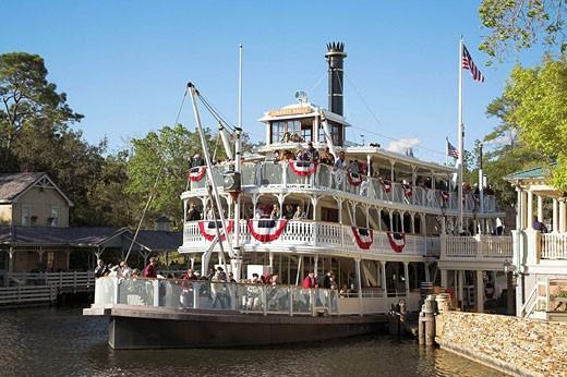 Liberty Belle Paddle Steamer, Liberty Square Riverboat, Magic Kingdom, Disney World, Orlando, Florida, USA : Stock Photo