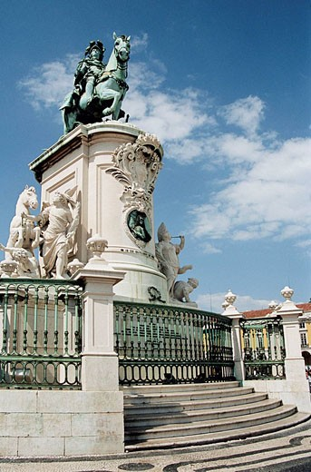 King Jose 1st, Dom Jose 1st equestrian statue, Commercial Square, Praca Do Comercio, Lisbon, Portugal : Stock Photo