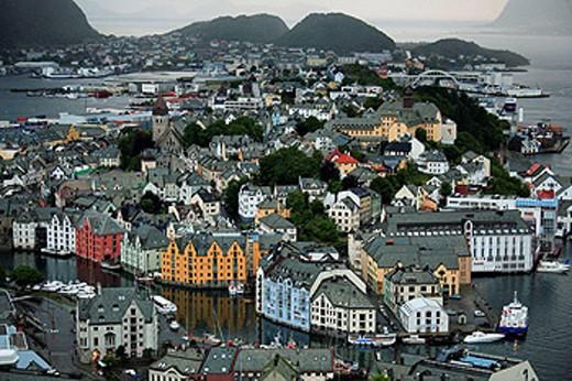 Stock Photo: 1566-459384 Norway, Alesund, general aerial view