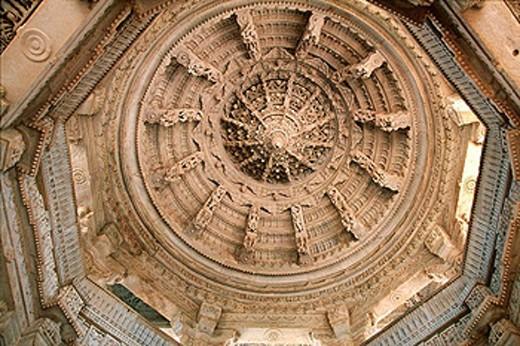 India, Rajasthan, Ranakpur, Adinath temple, built 15th century, Parshvanatha´s Jain temple, Suparshvanath Jain Temple, prostitute temple : Stock Photo