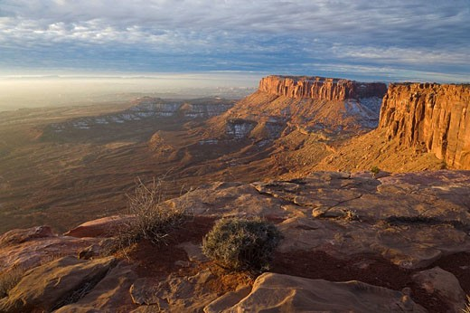 Island In The Sky, Canyolands National Park, Utah, USA. View from Island In The Sky, early morning : Stock Photo