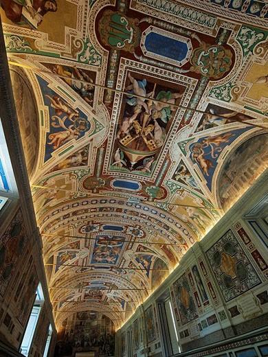 Stock Photo: 1566-463891 Vatican Museum, Rome, Italy