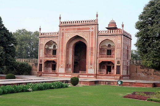 Stock Photo: 1566-465029 Itimad-ud-Daulah mausoleum (Baby Taj, 1622-1626), Agra, India