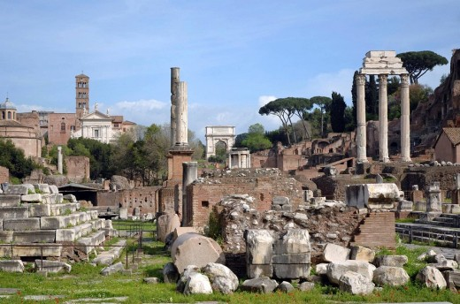 Roman Forum Panorama and Temples of Polux y Castor at the right : Stock Photo