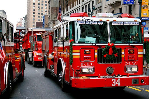Fire truck with christmas wreath. New York City, USA : Stock Photo