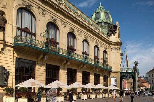 Stock Photo: 1566-468400 Obecni dum municipal house nove mesto. Prague. Czech Republic.