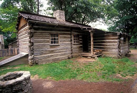 Stock Photo: 1566-471806 New Salem historic site log cabin Petersburg Illinois