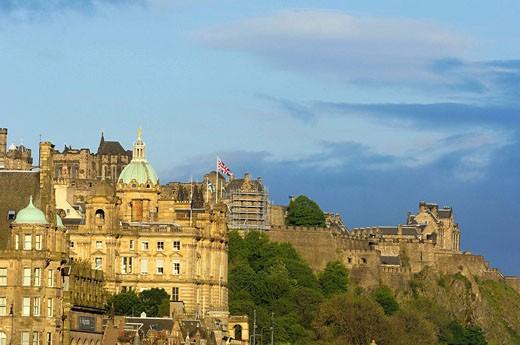 Old town and Edinburgh Castle from Calton Hill  Edinburgh  Lothian Region  Scotland  U K : Stock Photo