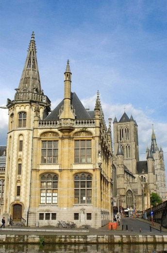 Stock Photo: 1566-472624 Guild Houses at leie canal  Ghent  Flanders, Belgium