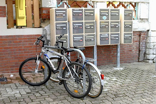 Stock Photo: 1566-478495 Bicycles and mailboxes, Lacanau-Océan. Gironde, Aquitaine, France