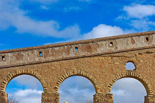 Roman Acueduct, Alcantara Caceres province, Extremadura, Spain : Stock Photo