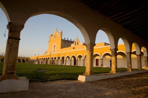 Convento San Antonio de Padua S.XVI , Izamal , Mexico : Stock Photo