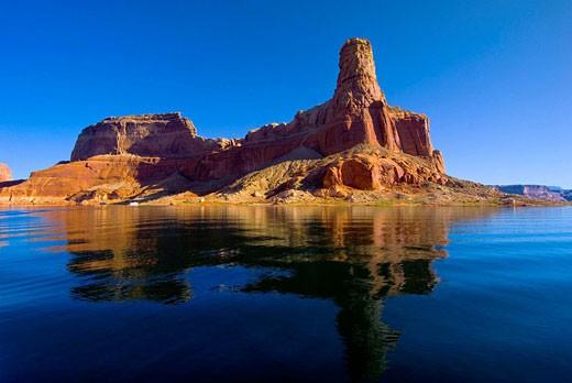 Gunsight Butte, Lake Powell, Glen Canyon National Recreation Area, Arizona/Utah border USA : Stock Photo
