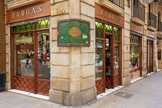 Spain, Catalunya, Barcelona. Gothic Quarter, Fargas chocolate store in the Carrer del Pi. : Stock Photo