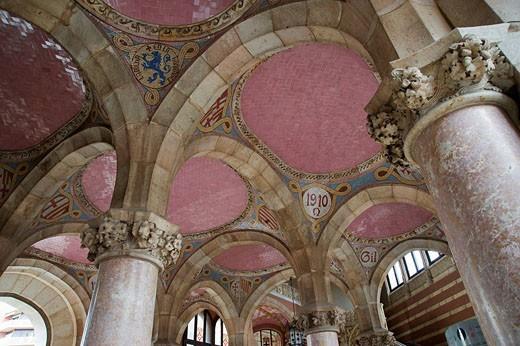 Hospital de la Santa Creu i Sant Pau, Entrance Hall, Architect Luis Doménech y Montaner, Eixample District, Barcelona, Catalonia, Spain, Unesco World Heritage Site : Stock Photo