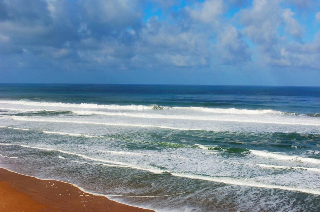Stock Photo: 1566-502744 Beach of Monte Clerigo. Algarve, Portugal