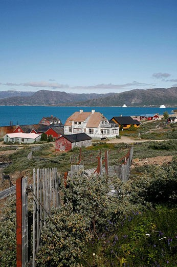Stock Photo: 1566-503421 Houses in the miners ghost town of Ivigtut, Greenland