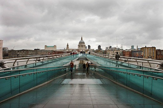 Millennium Bridge, London, England : Stock Photo