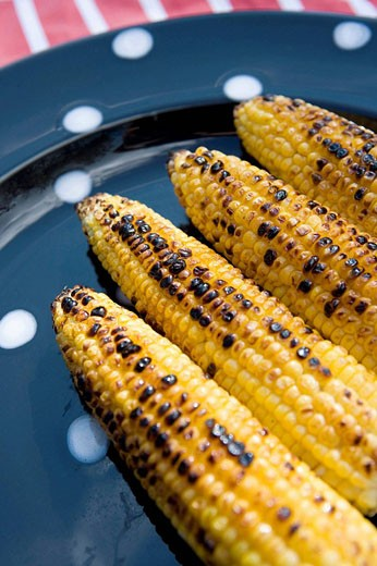 Stock Photo: 1566-505337 Barbequed Sweetcorn