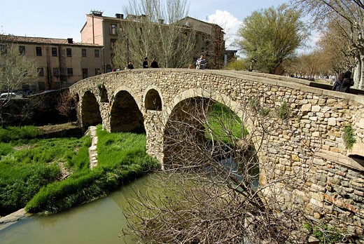 Spain  Vic  Old town and Roman bridge : Stock Photo