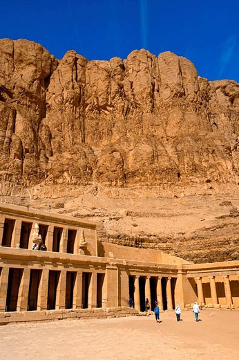 Stock Photo: 1566-513697 Temple of Queen Hatshepsut, near the Valley of the Kings, near Luxor, Egypt