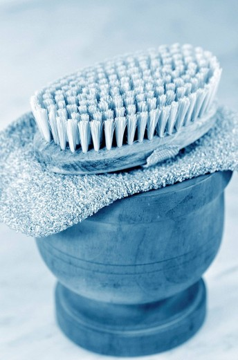 Stock Photo: 1566-515150 Bowl of Bath Supplies, Brush and Bath Mitt