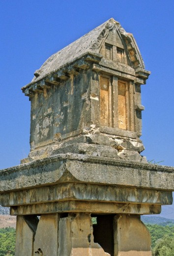 Stock Photo: 1566-515719 Turkey, the ruins of Xanthos, the old Lycian capital, a pillar tomb (sarcophagus)