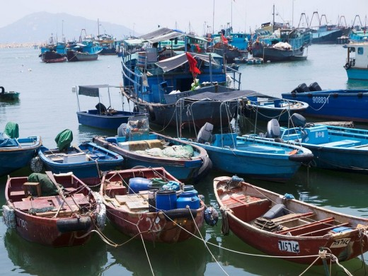 Boats in in harbor of Cheung Chau, Hong Kong, China : Stock Photo