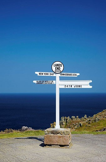 Stock Photo: 1566-523736 Lands End Signpost, Lands End, Cornwall, England, UK