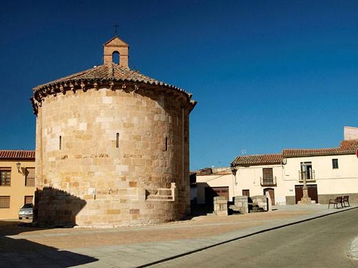 Stock Photo: 1566-526604 Iglesia románica San Claudio de Olivares. Zamora. Castilla y León. España.