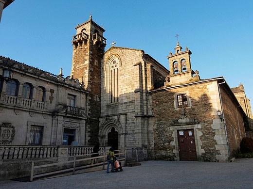Stock Photo: 1566-526637 Convento de San Francisco. Lugo, Galicia, España
