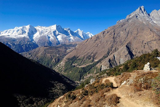 Stock Photo: 1566-530340 view from Tengboche monastery over Dudh Koshi, Imja Khola valley towards Kongde Ri peak, 6186, Sagarmatha National Park, UNESCO World Heritage Site, Khumbu Himalaya, Nepal, Asia