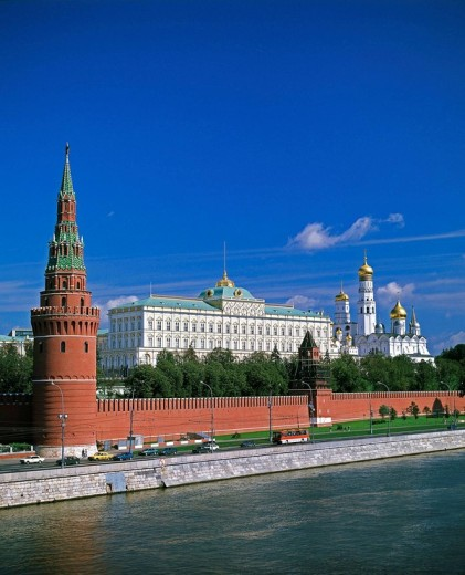 Moscow River and Kremlin, Moscow, Russia (Summer 2008) : Stock Photo