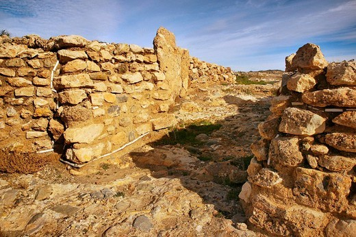 Walls main entrance, 4500 year old remains of Los Millares settlement. Almeria province, Andalusia, Spain : Stock Photo