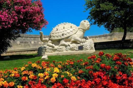The Tarasque mythological monster, Tarascon. Bouches-du-Rhône, Provence-Alpes-Côte d´Azur, France : Stock Photo