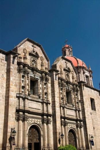 Stock Photo: 1566-551153 Templo de las Monjas, Morelia, Michoacan Mexico