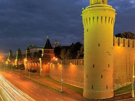 Stock Photo: 1566-559200 Kremlin, Kremlin Wall with Beklimeshevskaya Tower, Moscow, Russia