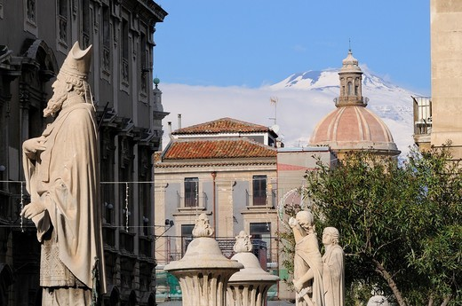 Italy, Sicily, Catania, World Heritage Site, The town and and Mount Etna 3346 m : Stock Photo