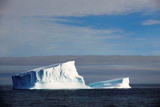 Icerberg in Davis Strait off south Baffin island, Nunavut, Canada : Stock Photo